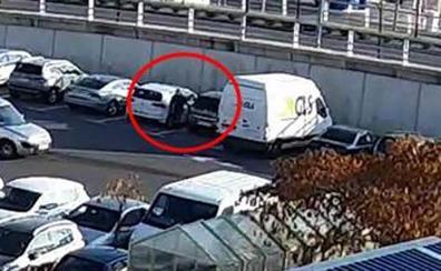 Detenido un hombre de 68 años por rayar 7 coches en el parking del Centro Comercial Berceo