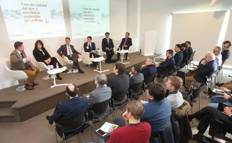 Mesa redonda sobre Calidad del aire y movilidad sostenible, organizada por Naturgy