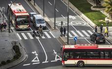 Tres líneas de autobuses duplicarán su frecuencia en horario escolar