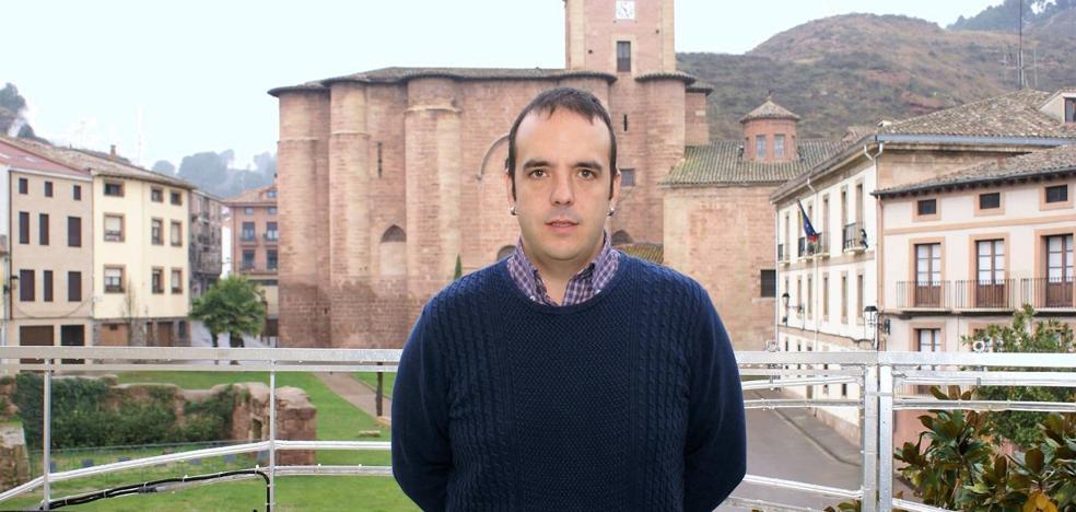 Olarte critica a Mendiola por su moción en el Senado para ubicar un parador en Santa María la Real