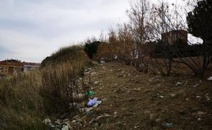 La Guindilla: basura en el parque Era Alta de Calahorra
