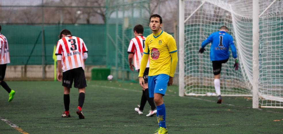 Un gol de Diego saca del descenso al Calasancio
