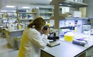 El número de investigadoras se mantiene igual en España desde 2009