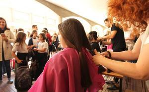 Donar pelo para pelucas solidarias en Escolapios
