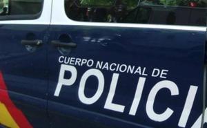 La Policía investiga la muerte de una joven precipitada desde la ventana de un edificio en Santiago