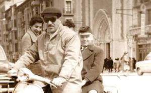 La Retina: retrato motorizado en Logroño en los 60