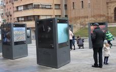 Exposición de medio ambiente, en la plaza