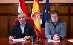 García Metola tilda de «caza de brujas» contra su persona el tema de su dedicación exclusiva y sueldo