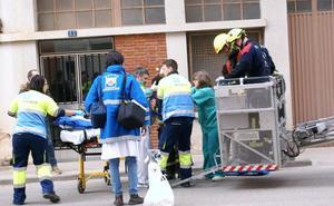 El niño de dos años que cayó de un quinto piso a un tercero en Nájera evoluciona favorablemente