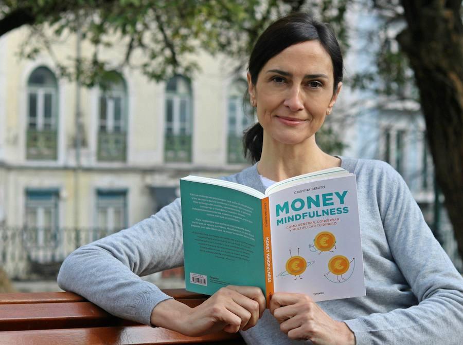 El libro 'Money mindfulness', de la logroñesa Cristina Benito, enseña a relacionarse con el dinero