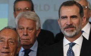 El Rey avisa a los independentistas de que sin respeto a la ley no hay democracia