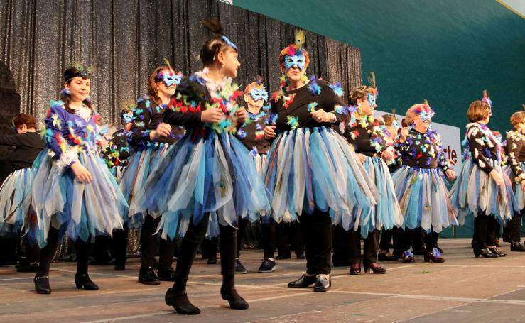 Los mayores de Logroño disfrutan del Carnaval
