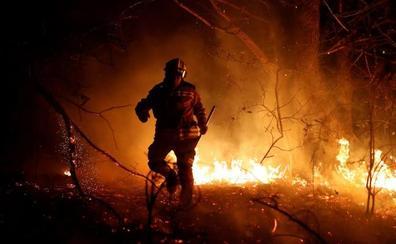 Una ola de incendios azota el norte de España