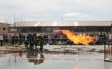 Ceniceros agradece su «esfuerzo y dedicación» a los bomberos del CEIS