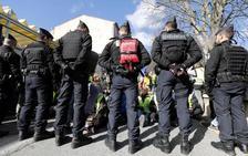 Los 'chalecos amarillos' vuelven a las calles en Francia en busca de un nuevo impulso