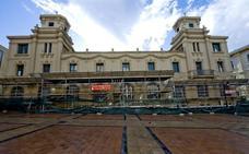 Las terrazas de la plaza de San Agustín se comprimen
