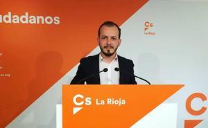 Baena asegura que Ceniceros es el presidente con el que cierran más empresas