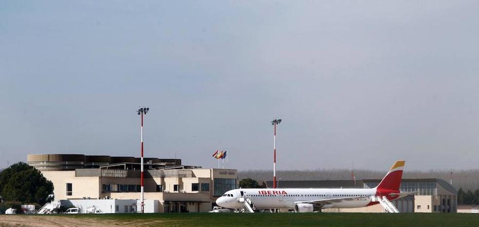 El aeropuerto riojano quiere, pero aún no puede, remontar el vuelo