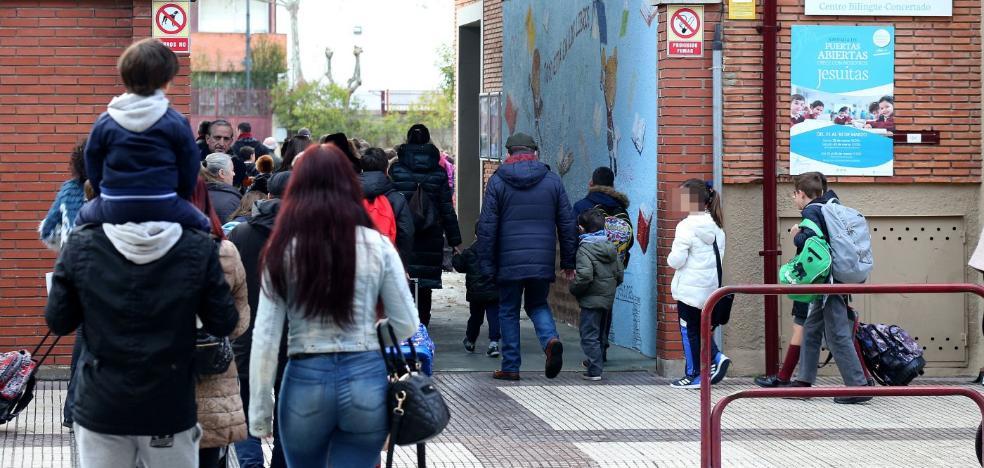 Jesuitas cree que la familia de una alumna estudia denunciar también a Jorge Enríquez