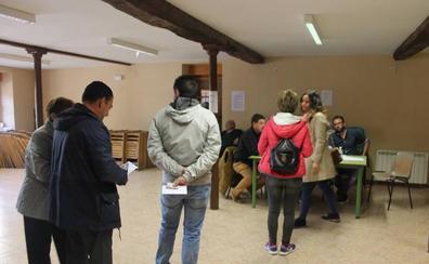 Más de 600 personas ya han participado en la consulta popular por el castillo de Davalillo