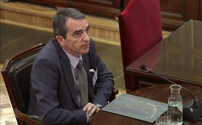Un jefe de los Mossos vuelve a señalar a Puigdemont y echa un capote a Trapero