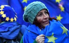 El Reino Unido elimina «Unión Europea» de sus pasaportes