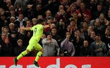 El Barça rompe el maleficio de Old Trafford