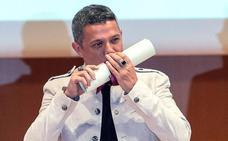 Alejandro Sanz recibe el título de Hijo Adoptivo de Cádiz