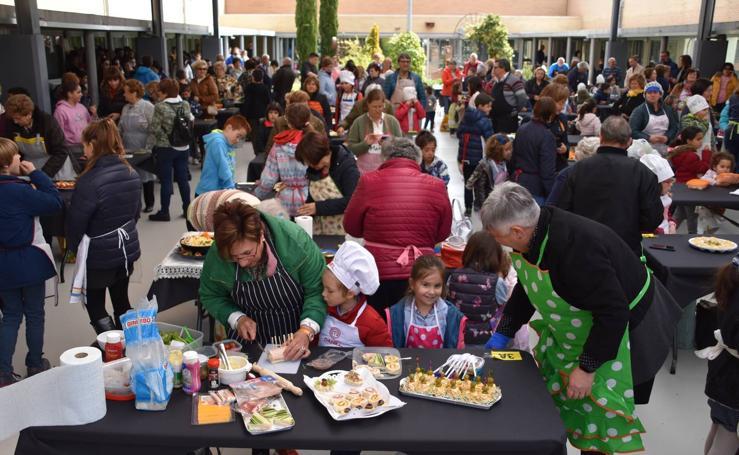 El CEO Villa de Autol celebró ayer el concurso 'Hoy cocino con mis abuelos'