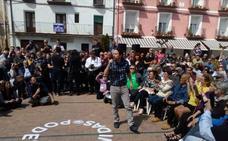 Iglesias: «Ni los oligarcas ni sus perros falderos nos van a dar lecciones de lo que es defender España»