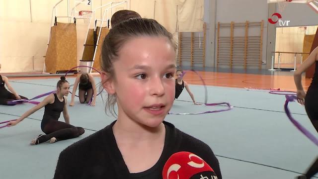 Recepción oficial a la calagurritana Verónica Martínez, campeona de España juvenil de gimnasia rítmica