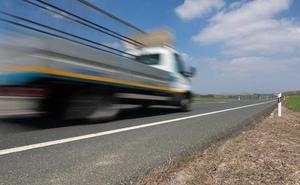Los transportistas ven «inoportuna» la inversión en la A-12 mientras en la N-232 «sigue nula»