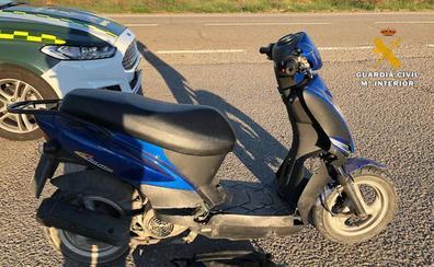 Detenido en Arrúbal por conducir una moto dada de baja, con matrícula falsa y sin carné