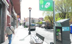 Logroño tiene más plazas, pero menos aparcamientos