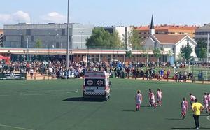 Evacuado en ambulancia un niño que disputaba un partido en Pradoviejo