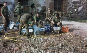 La Retina: militares entre perolas en Ezcaray