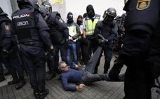 La Audiencia de Barcelona insta a investigar a los mandos que ordenaron las cargas policiales