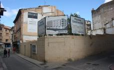 Una promoción de viviendas ampliará dos viales del centro