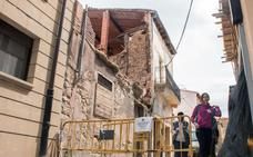 Los largos plazos y los trámites demoran el derribo del edificio de la calle Mayor