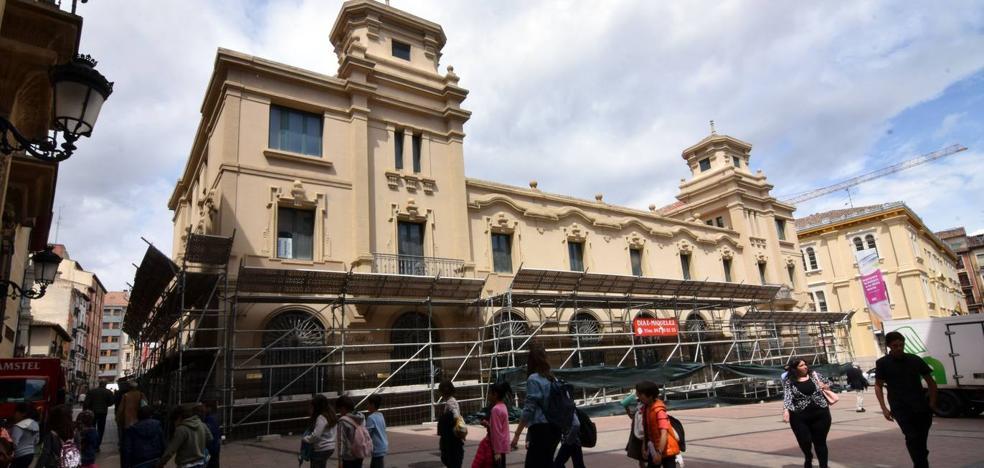 Las obras del hotel cinco estrellas en Correos comenzarán «en unos pocos días»