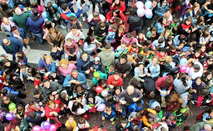 Lanzamiento del cohete de las fiestas de San Isidro en Villamediana