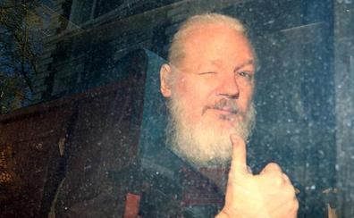 Suecia reactiva la demanda de extradición de Assange