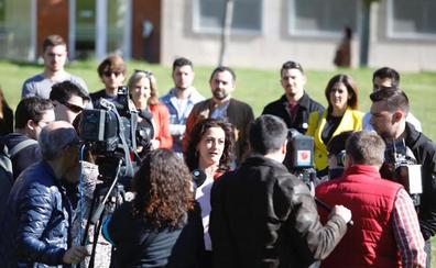 Andreu se compromete a dar más dinero a la UR