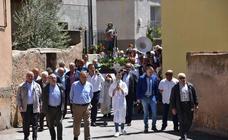 Cabretón procesiona por San Isidro