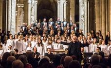 Rutter y el Coro Sinfónico ponene en pie a Santo Domingo