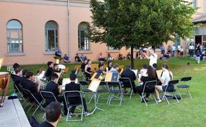 Música, cine y un espectáculo infantil en las veladas culturales Ven a la Bene