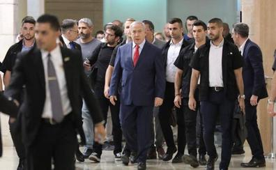 La falta de gobierno debilita a un Netanyahu cercado por la corrupción
