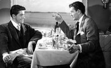 Cuando quisieron enmendar la plana a Alfred Hitchcock en 'Extraños en un tren'
