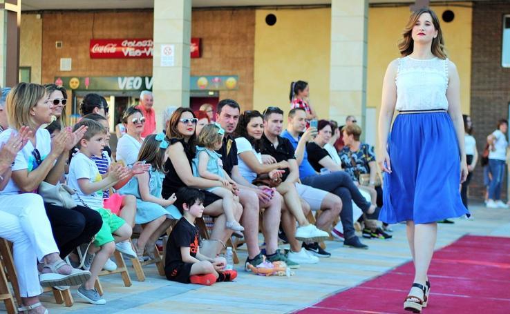Desfile solidario de moda en Albelda