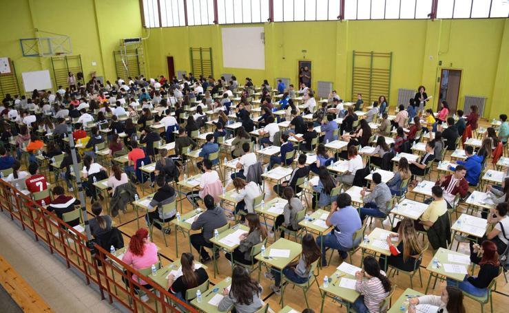 238 alumnos se examinan de la EBAU en Calahorra